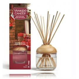 Yankee Candle Holiday Hearth namų kvapas