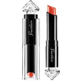 Guerlain La Petite Robe Noire Deliciously Shiny lūpų dažai 020 Poppy Cap 2,8 g.