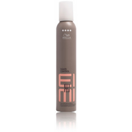 Wella Professional Eimi Shape Control stiprios fiksacijos plaukų putos 500 ml.