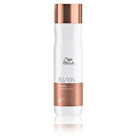 Wella Professional Fusion šampūnas 250 ml.